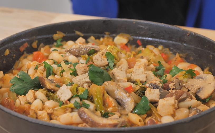 Feijoada Vegan de Tofu e Cogumelos