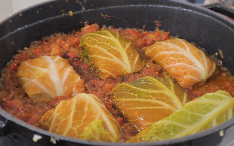 Salsichas Vegetarianas Com Couve-Lombarda
