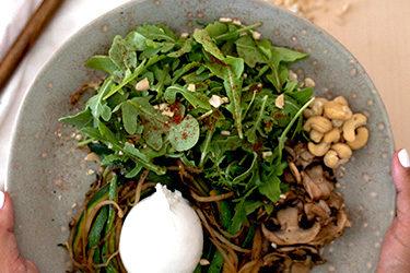 Saladas para a praia e molhos saudáveis